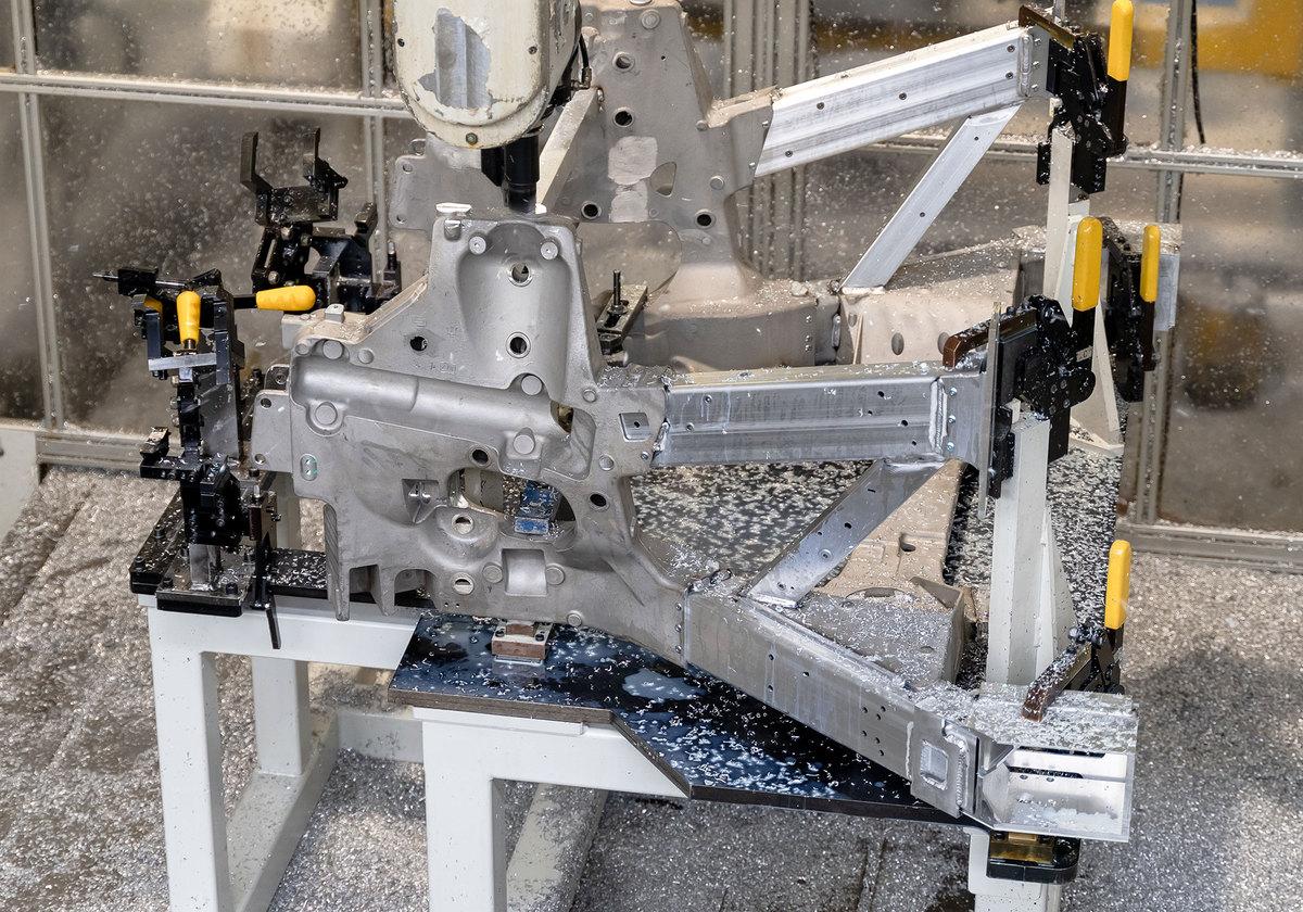 Fresatura - Telaio posteriore M240